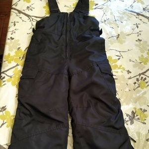 ZeroXposur Black Ski/Snowpants Bib Size S4 Youth